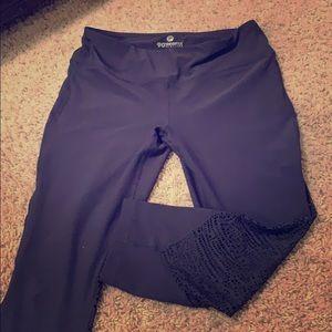 Black/gray leggings